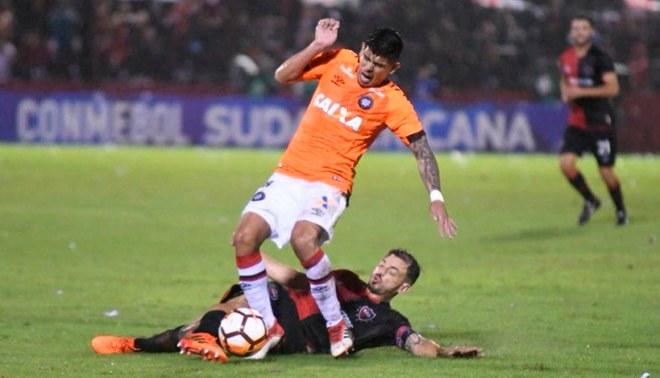 Newell's venció 2-1 al Atlético Paranaense, pero no le alcanzó para clasificar en la Copa Sudamericana [Resumen y goles]
