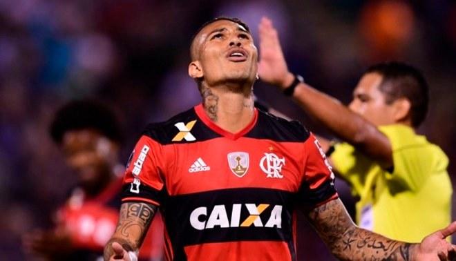 Flamengo decidió suspender el contrato de Guerrero hasta nuevo aviso