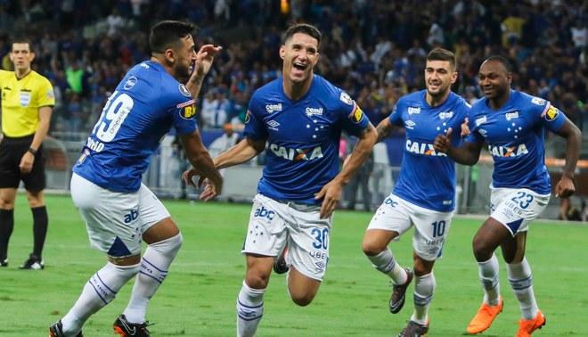 Cruzeiro venció 2-1 a Racing Club por la Copa Libertadores [Resumen y goles]
