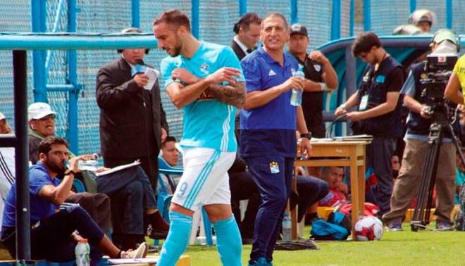 Emanuel Herrera no jugará ante Alianza Lima por desafiar al técnico Mario Salas [VIDEO]