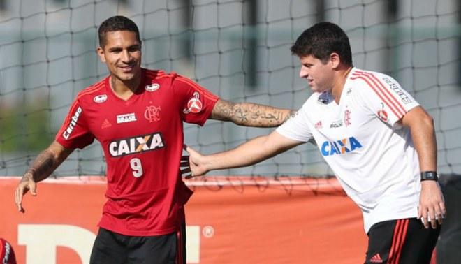 Paolo Guerrero se recuperó de la gastroenteritis y participó en el once del Flamengo