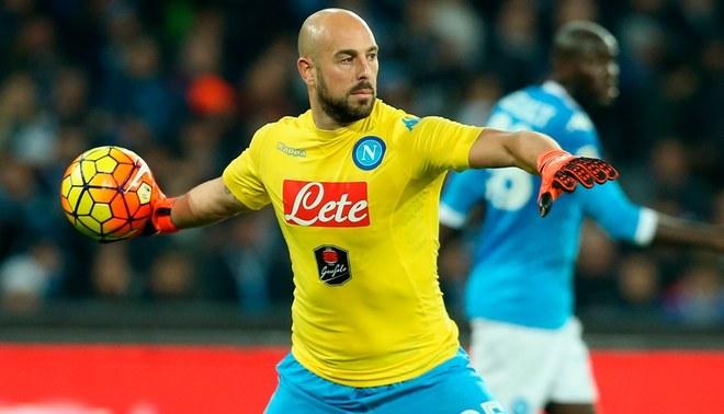 Chelsea ficharía a Pepe Reina a pesar de haber sido presentado recientemente por el AC Milan