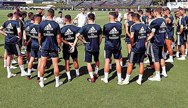 Real Madrid presentó la nueva camiseta para esta temporada 2018/19 [FOTOS]