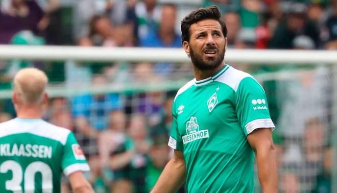 El eufórico recibimiento de la hinchada del Werder Bremen para Claudio Pizarro [VIDEO]