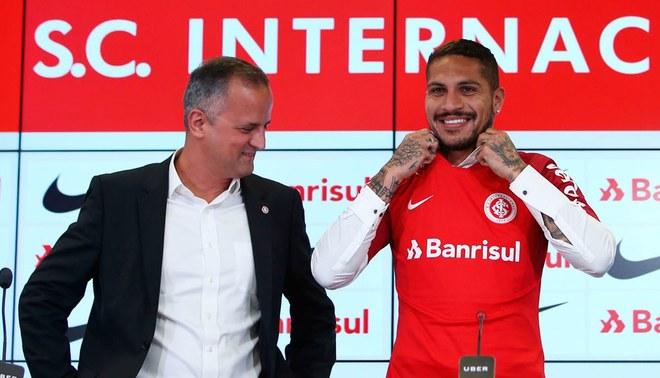 Paolo Guerrero podría quedarse más de 3 años en Inter de Porto Alegre