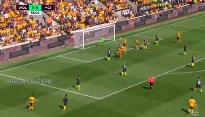 ¡A LO RUIDIAZ!: Willy Boly sorprendió a todos al hacer un gol con la mano en el Manchester City vs. Wolverhampton [VIDEO]
