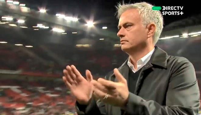 ¿Es el adiós? El polémico aplauso de José Mourinho a la hinchada de Manchester United [VIDEO]