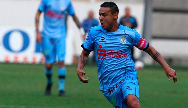 Real Garcilaso oficializó la renovación de Alfredo Ramúa hasta el 2020