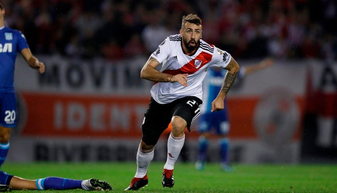 River Plate Contra Racing: River Plate Aplastó 3-0 A Racing Club Y Clasificó A