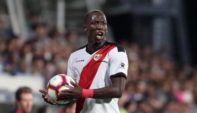 Crecimiento de Luis Advíncula lo llevará a un club grande