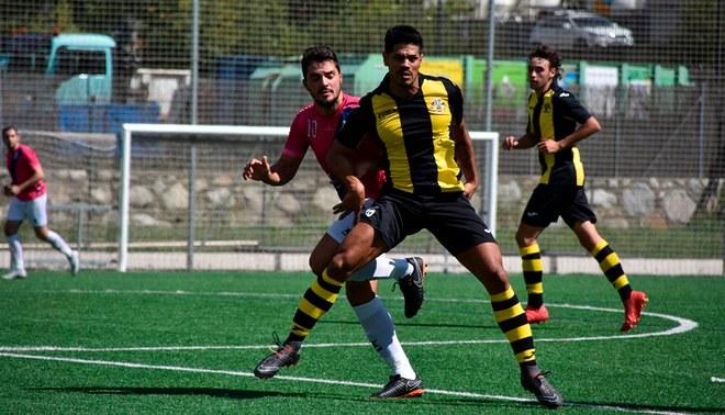 Delantero peruano juega en Andorra y espera ser observado por Ricardo Gareca