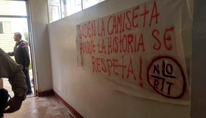 Universitario: Hinchas pidieron salida de Nicolás Córdova como máximo en 48 horas