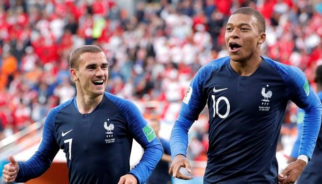 Antoine Griezmann comparó a Kylian Mbappé con Cristiano Ronaldo