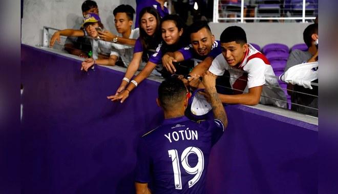 Yoshimar Yotún despierta idolatría en Orlando City de la MLS [VIDEO]