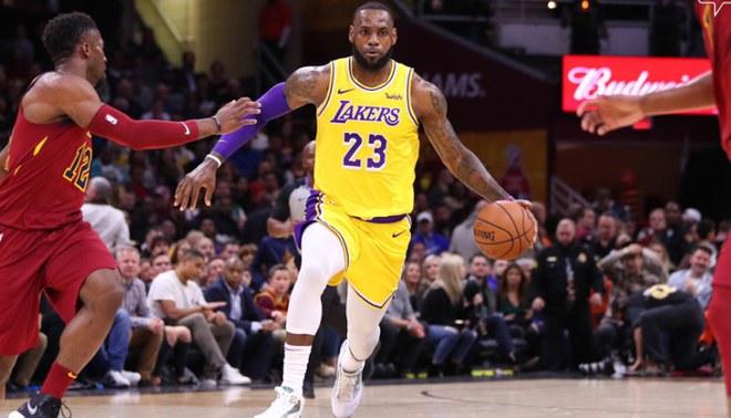 Los Angeles Lakers vencieron 109-105 a Cleveland Cavaliers con LeBron James por la NBA [RESUMEN]