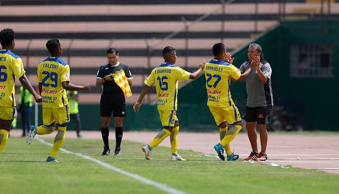 Santos venció 3-1 a UDA y se metió a la lucha del ascenso