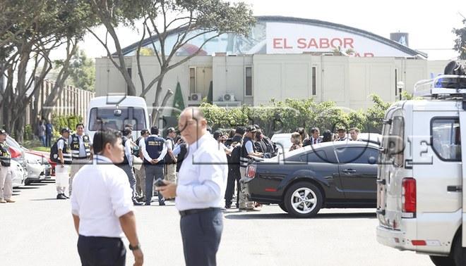 Fiscales y policías entraron a la Videna por caso 'Cuellos Blancos' [FOTOS]