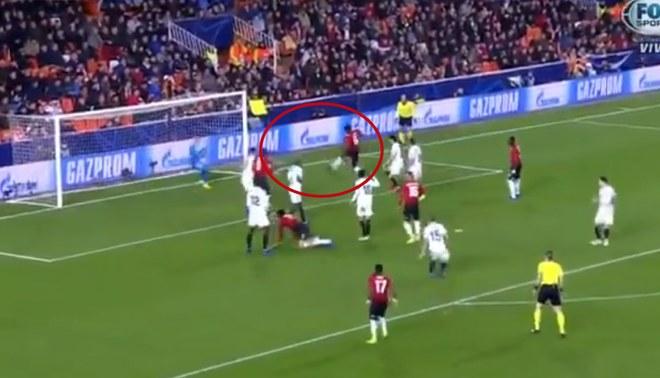 Manchester United vs Valencia: Pogba se perdió el empate para los 'Diablos Rojos' [VIDEO]