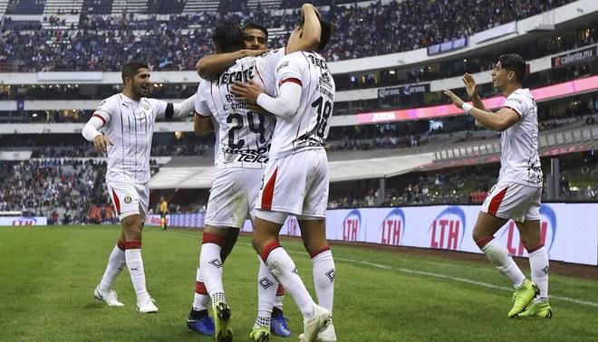 Chivas venció 1-0 a Cruz Azul y es líder de Liga MX [VIDEO]