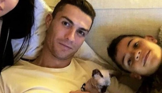 Cristiano Ronaldo adopta gato y lo bautiza con el nombre de un excompañero del Real Madrid