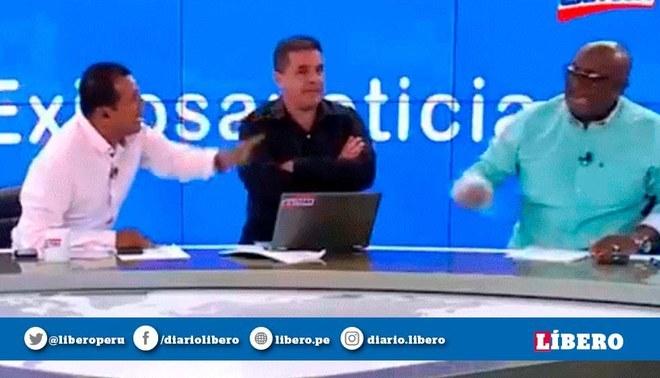 Carlos Alberto Navarro encaró a Elejalder Godos por señalado que él es asesor de la FPF (Captura: Exitosa)