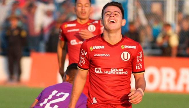 Henry Vaca, durante un partido de Universitario.