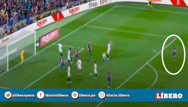Lionel Messi anota un golazo de tiro libre para el 4-0 del Barcelona