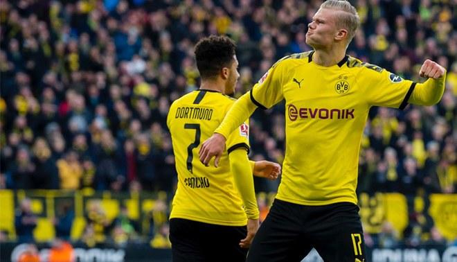 El delantero de 19 años sigue intratable. Foto: Borussia Dortmund.