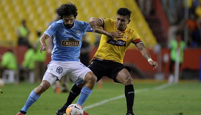 Jorge Cazulo no puedo evitar la derrota de Sporting Cristal ante Barcelona. Foto: EFE