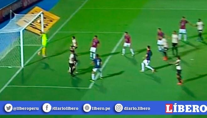 Universitario vs Cerro Porteño: El travesaño le negó el 1-1 a Federico Alonso en la Libertadores.   Foto: Captura
