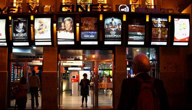 China decide no reabrir cines por nuevos casos de coronavirus