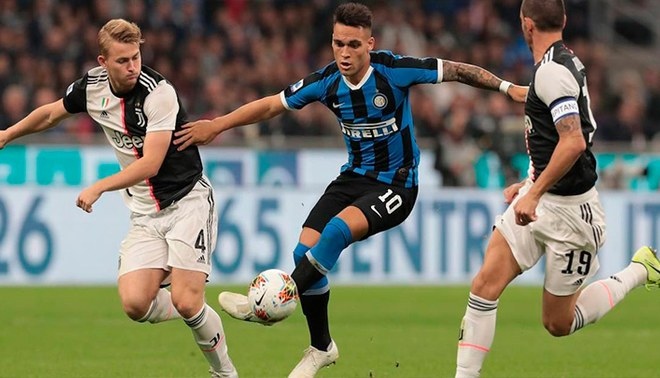 Juventus es el actual líder de la clasificación. Inter es, de momento, tercero.