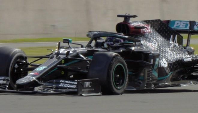 F1: Así fue la llegada a la meta de Hamilton con un neumático pinchado. Créditos: Fórmula 1.