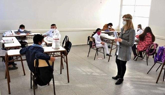 Coronavirus: OMS dice que los colegios escuelas deben volver a clases  presenciales solo si el nivel de transmision contagio es bajo | covid-19 |  libero.pe