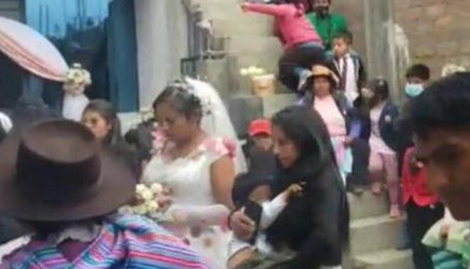 Más 40 personas que asistieron a boda fueron intervenidos por no respetar distanciamiento