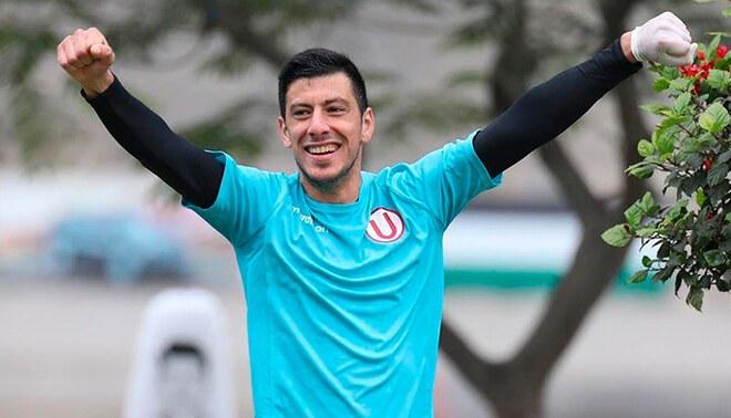 Federico Alonso renovó en Universitario.