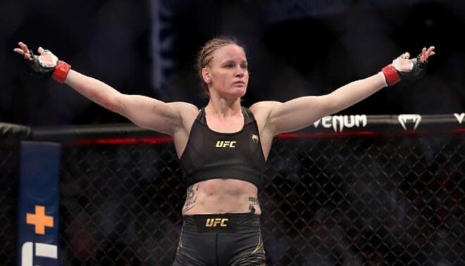 UFC: Shevchenko y su emotivo mensaje de reflexión tras retener su cinturón mundial. Créditos: UFC.