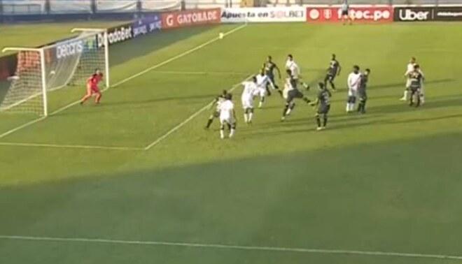 Rugel de cabeza anotó el 2-1 de Universitario