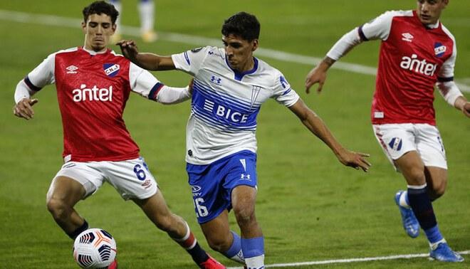 U. Católica vs Nacional por la fase de grupos de la Copa Libertadores. Foto: Cruzados