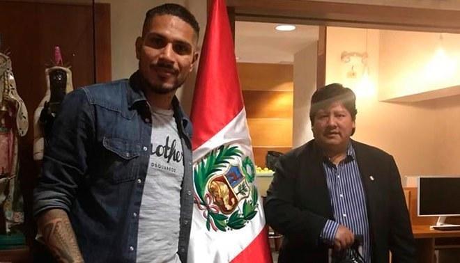 Guerrero y Oviedo partieron hacia Suiza para reunirse con la FIFA