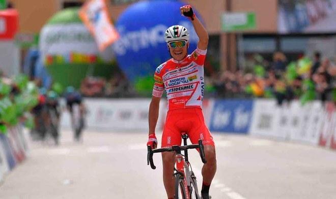 Fausto Masnada consigue la primera victoria del Androni Giocatto en el Giro de Italia 2019