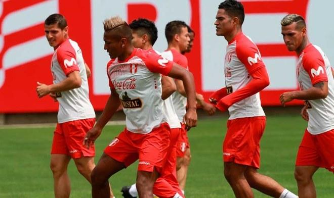 Selección Peruana, Pedro Aquino