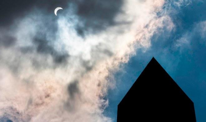 Eclipse Solar 2019 [Horóscopo de hoy] ¿Cómo afecta en los signos zodiacales? l Crédito: EFE