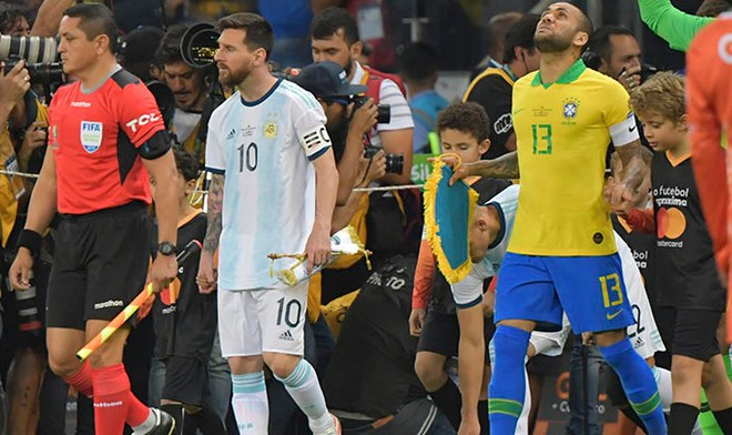 TyC Sports EN VIVO Partido de hoy Argentina vs Brasil ONLINE TyC Sports EN VIVO América Go EN VIVO hora Buenos Aires TV Pública ONLINE Link Streaming Copa América Tigo TVN Globo TV Messi SporTV| VIDEO