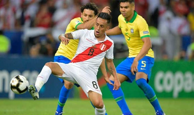 Selección Peruana | Christian Cueva y la sanción que recibiría por orinar en la vía pública | Crédito: AFP