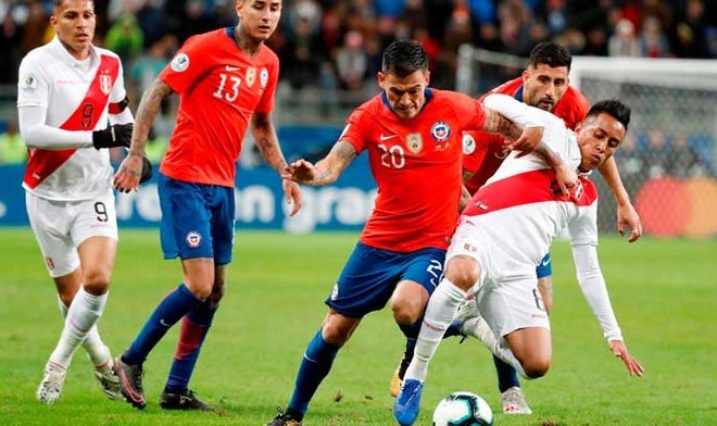Selección Peruana | Christian Cueva y la sanción que recibiría por orinar en la vía pública | Crédito: EFE