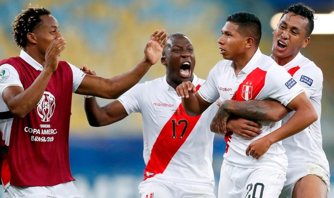 Selección Peruana | Luis Advíncula pedido como fichaje del Real Valladolid equipo de Ronaldo | Leganés | Fichajes 2019 | Rayo Vallecano | VIDEO | Twitter