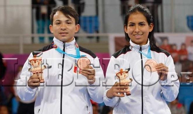 Renzo Saux y Ariana Vera otorgan medalla de bronce a Perú en Taewkondo Poomsae Mixto. FOTO: Rodolfo Contreras