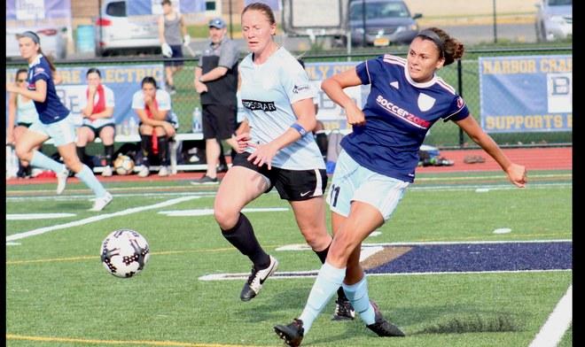 Claudia Cagnina jugó 35 minutos en la derrota ante el Manchester City. Foto: INTERNET