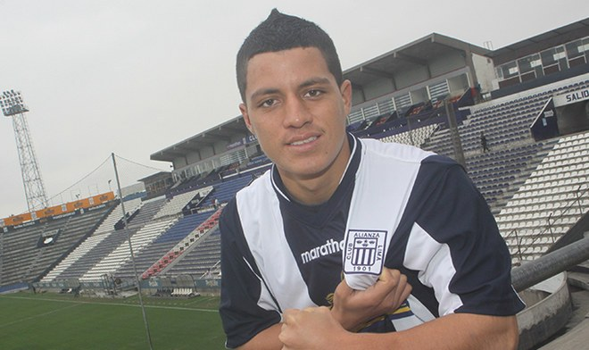 Carlos Olascuaga, Alianza Lima.